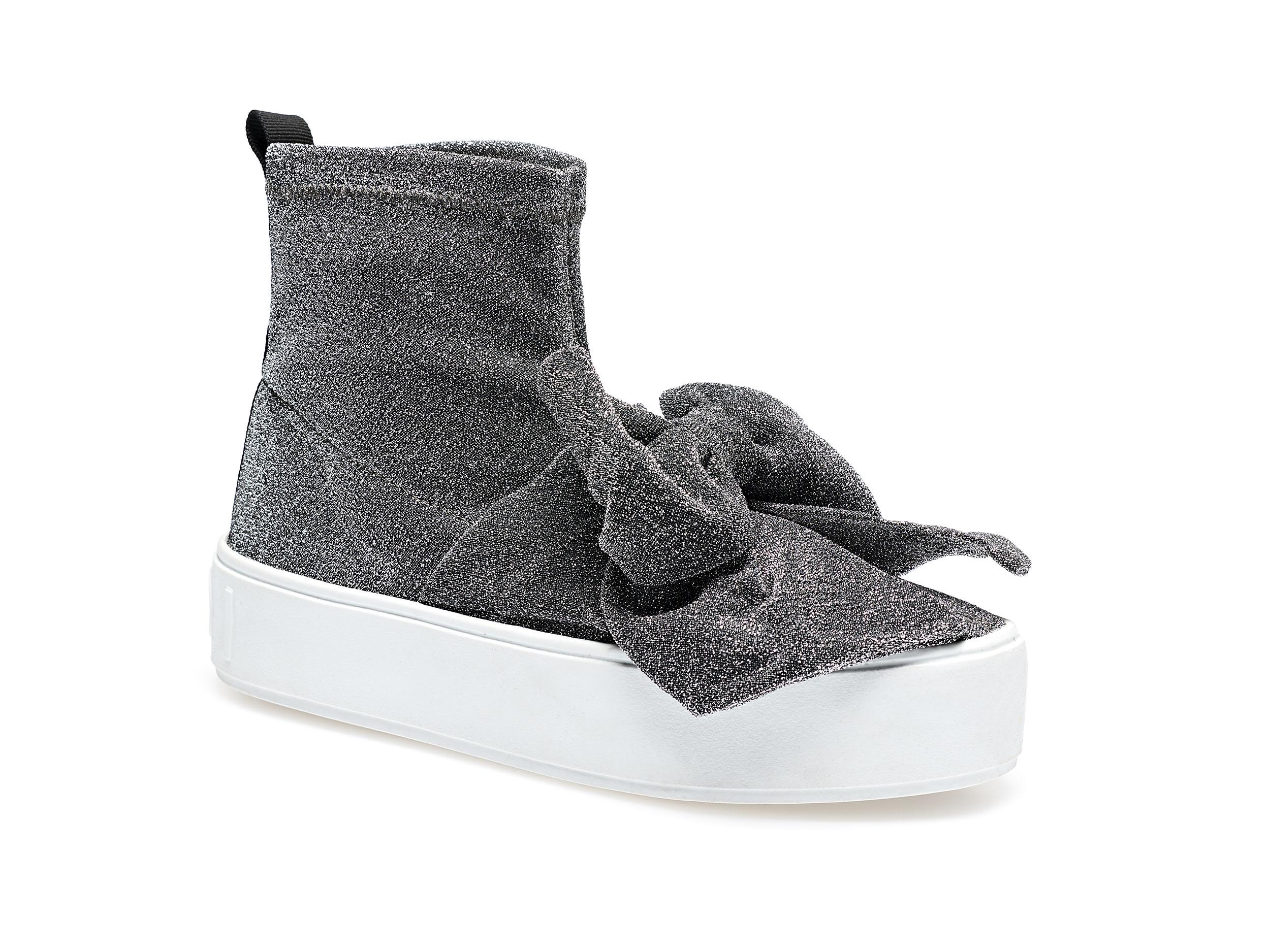 Sneakera calza brillante argento